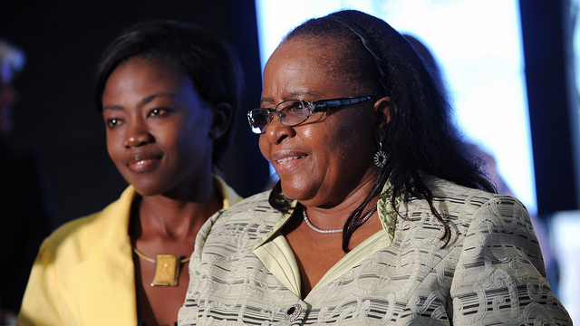 Ottielie Ndamononghenda Haufiku, Owner/Managing Director, Ndeya Trading Enterprises (L), and the First Lady of Namibia, Penehupifo Pohamba (R) at RAND African First Ladies Initiative, September 23, 2011, in New York.
