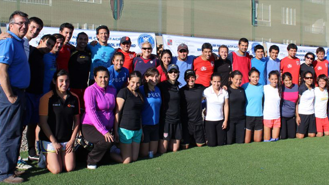 Former Women's U.S. Women's National Team soccer players Linda and Kate with 30 soccer coaches in Valparaiso and Viña del Mar.