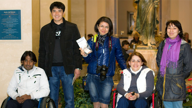 Fahad Bilal (Pakistan), Mirkholik Makhmudov (Tajikistan), Olesya Narmuratova (Tajikistan), Farida Alibakhshova (Tajikistan), and Marhabo Ibragimova (Tajikistan) pose for a photo during the tour of the National Gallery of Art in Washington, DC.