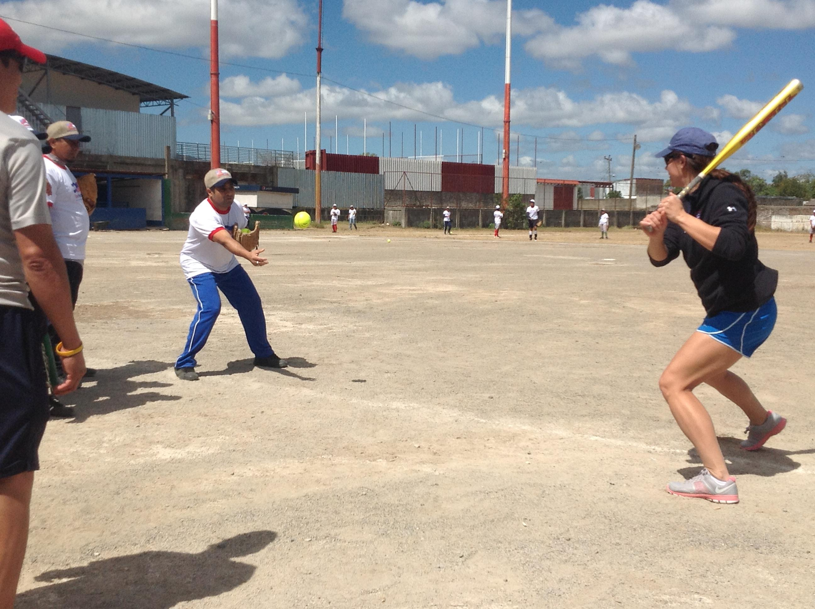 "Jessica Mendoza engages in another clinic aimed to share ""best"" batting practices with coaches."