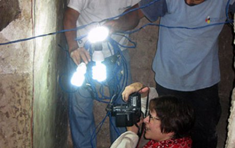 tikal site planning with flashlight