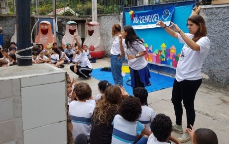 The Escola Municipal Minas Gerais Science Club performed plays, put on demonstrations and even designed board games to promote awareness of mosquito-borne diseases and their prevention