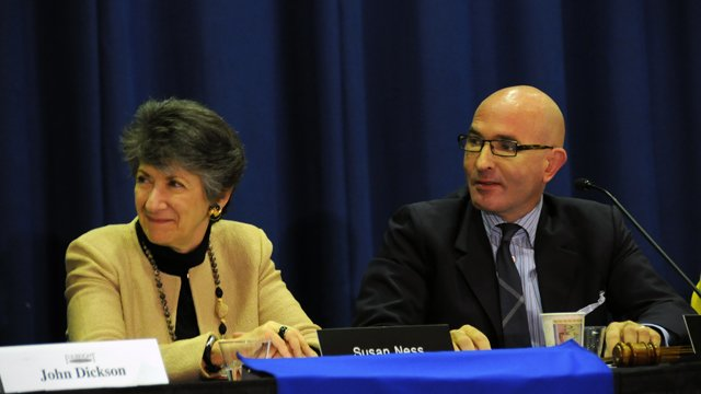 FSB Vice Chair Susan Ness and FSB Chairman Tom Healy listen to one of the speakers during the February 2012 Board Meeting.