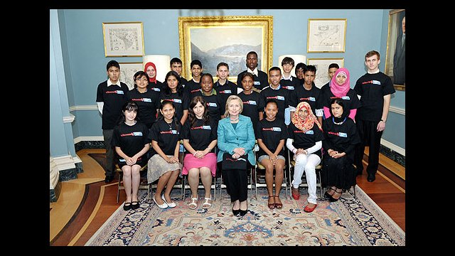 Secretary Clinton and Access Participants: English Access Microscholarship students received a warm welcome from Secretary Clinton when they arrived for a three-week workshop in the United States.