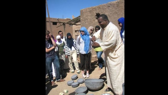 A Moroccan guide demonstrates how traditional Moroccan bowls are made.