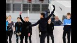 Sports Envoy and Olympic Ice Skater Evan Lysacek leads a clinic on ice in Belarus.