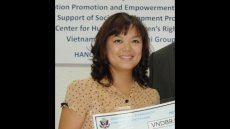 Mentoring the Next Generation of Vietnamese Journalists
