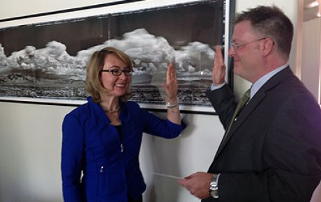 Former U.S. Representative Gabrielle Giffords gets sworn in as the newest member of the J. William Fulbright Scholarship Board.