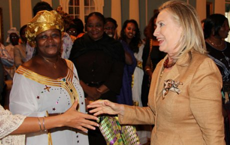 Photo of Secretary Clinton welcoming AWEP participants.